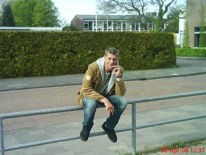 Henk 49 uit Friesland,Nederland